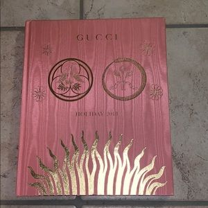 NWT! Gucci Holiday 2018 Book